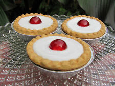 FAKE ARTIFICIAL BAKEWELL TARTS CAKE SHOP WINDOW DISPLAY TV PROP THEATRE  32