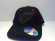 Detroit Red Wings Zephyr Black Element Curved Bill Fitted Hat NHL Baseball Cap