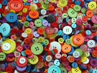 MIXED BUTTONS LOTS OF COLOURS SHAPES MATERIALS TO CHOOSE FREE P&P