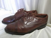 CLARKS UK SZ 8.5  BROWN LEATHER LACE - UP SHOES