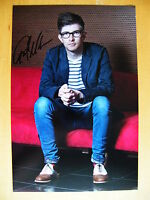 GARETH MALONE HAND SIGNED AUTOGRAPH 12X8 PHOTO MILITARY WIVES COMPOSER CHOIR COA