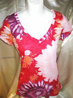 WOMENS T SHIRT LARGE RED /PURPLE/PINK FLORAL RUE 21 V NECK SHORT SLEEVE