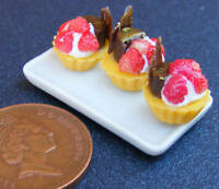 1:12 Scale Tray Of 3 Strawberry Cup Cakes Dolls House Miniature Accessories PL64