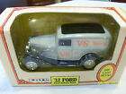 Ertl 1932 Ford Panel Delivery Bank Die-Cast 1/25 scale Brand New, 1992 edition