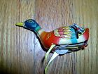 VINTAGE - WORKING - LITHO  WIND UP TIN  DUCK - TRADE MARK ALPS- MADE IN JAPAN