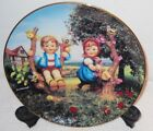VINTAGE HUMMEL APPLE TREE BOY AND GIRL COLLECTOR PLATE.   No. ZV7092.