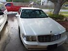 1998 Cadillac DeVille white 1998 for $2000 dollars