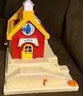 Fisher Price Vintage School House 2550 1988 Little People Good Condition