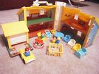 Fisher Price School Family Play House 952 furniture people