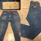 Wrangler Jeans Naturally Distressed Worn Made In USA 33 31 32 Waist