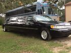 2001 Lincoln Town Car  for $6900 dollars