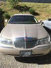 1998 Lincoln Town Car  for $3800 dollars