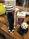 William Bounds Salt Shaker  Pepper Mill Pep Art mBlack  White