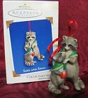 HALLMARK 2003 SERIES ORNAMENT~MOM AND BABY RACCOONS~SAFE AND SNUG