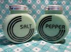 Pepper Shakers / Excellent Cond