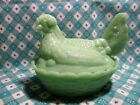 Jadeite Green Glass Medium Hen in Nest in Excellent Condition