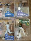 2014 McFarlane MLB Derek Jeter Commemorative Figure Two-Pack 8