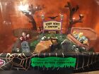 SPOOKY TOWN Lemax HALLOWEEN VILLAGE Scary Acres Cemetery NIB Retired NEW