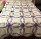 VINTAGE DOUBLE WEDDING RING QUILT HAND MADE SCALLOPED EDGES COTT