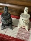 cast iron salt and pepper shakers White And Black Stoves Collectible