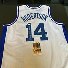Oscar Robertson Cards and Autographed Memorabilia Guide 34