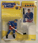 Sports Superstar Collectible Figurine & Collector Card 1997 Wayne Gretzky