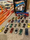 Hot Wheels Car And Track Lot