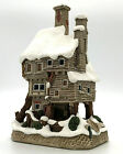 David Winter Cottages Bill & Nancy's House Oliver Twist Christmas Collection