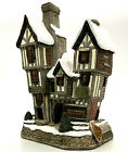 David Winter Cottages The Bottle 'n' Glass Oliver Twist Christmas Collection COA