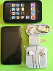 Apple iPod touch 3rd Generation (32 GB)