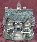 Christmas Collectible Collection / Hawthorne Village / Village Hall