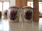 Home & and Garden Party APPLE STONEWARE Salt and Pepper Shakers