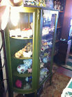 ANTIQUE AMERICAN EARLY 20TH C OAK CHINA CABINET DISPLAY CASE BOWFRONT OLD GLASS