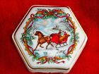 1988 MELODIES OF CHRISTMAS HERITAGE HOUSE PORCELAIN MUSIC BOX JINGLE BELLS EUC