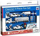 DARON CHEVRON GAS STATION 11PC PLAYSET 1/64 SCALE WITH CARS RT6314