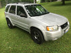 Ford: Escape Limited 2004 below $700 dollars