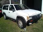 1990 Nissan Pathfinder  1990 below $800 dollars