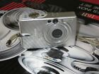 Canon IXUS 30 / PowerShot Digital ELPH SD200 3.2MP Digital Camera - Silver
