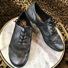 Curfew Sz 10 Gunmetal Pewter Black Lace Up Loafers Cutout Detail Oxfords Flats