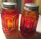VINTAGE L.E.SMITH RED AMBERINA MOON AND STARS SALT AND PEPPER SHAKERS