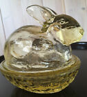 Vintage L.E.Smith Yellow Glass Bunny/Rabbit On Nest w/removable lid-4 1/2