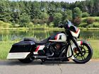 2017 Harley Davidson Touring 2017 STREET GLIDE SPECIAL FAT TIRE BAGGER MINT FRONT