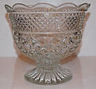 Anchor Hocking WEXFORD Glass Scalloped Rim Footed TRIFLE or Fruit COMPOTE Bowl