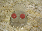 VINTAGE 1950s RIBBED GLASS SALT AND PEPPER SHAKERS FAN TAILED HOLDER RED TOPS