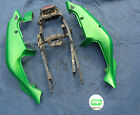 2002 ZX7R rear L R tail section fairing center sub frame zx7 zx 7 7r bodywork 96