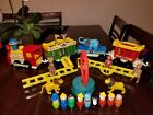 VINTAGE FISHER PRICE LITTLE PEOPLE LOT CIRCUS TRAIN CLEAN COMPLETE EXTRAS
