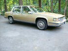 1986 Cadillac DeVille  1986 below $3000 dollars