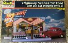 Highway Scenes 1937 FORD, w/ Die-cut DRIVE IN Diorama   Revell - NEW