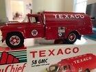 First 1st Gear 1958 GMC Texaco Gasoline Fuel Tanker w/ Pumps   1:34 1999 19-2357