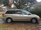 2006 Toyota Sienna  2006 below $2800 dollars